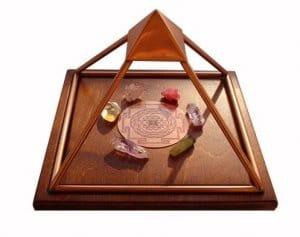 Meru Piramide edelstenen opladen